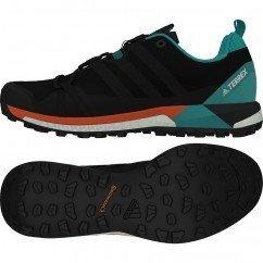 chaussure de running pour hommes adidas terrex agravic boost